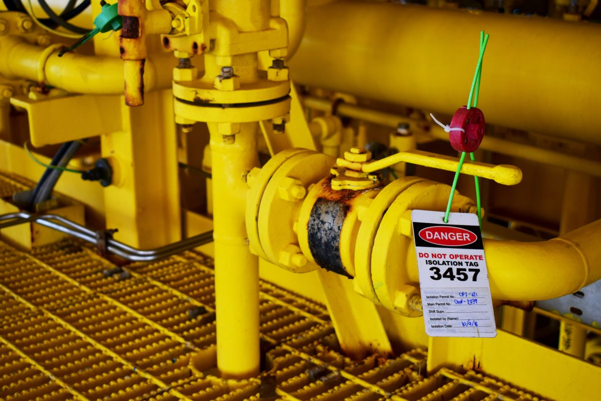 Gas process valve isolation lock out tag out closed