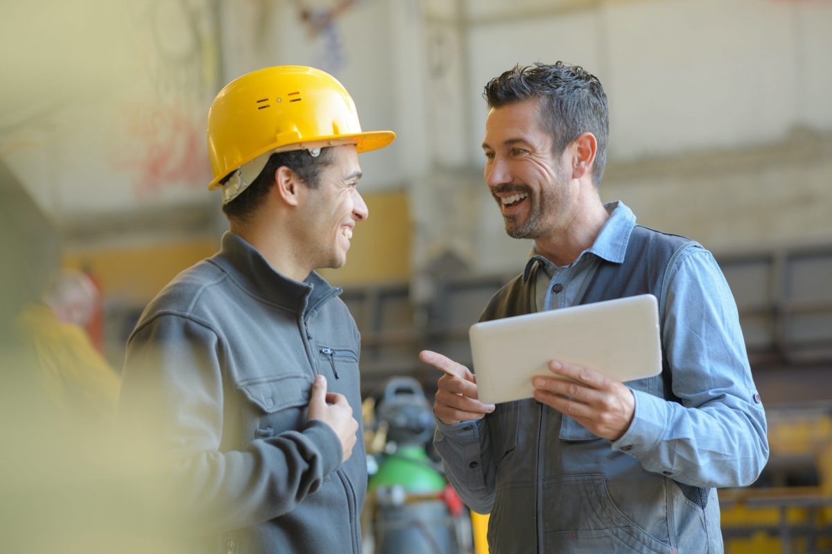 trainer delivering instruction in a manner employees understand
